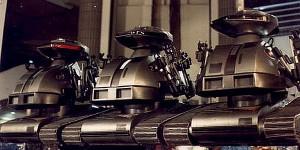 Robots-Chopping-Mall-Killbots1